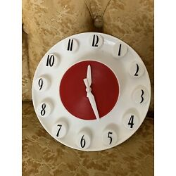 Vintage Herold Spartus MCM Mid Century Red & White Wall Clock Model 522