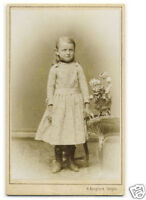 LITTLE GIRL fine fashion with flowers CDV PHOTO 1880s