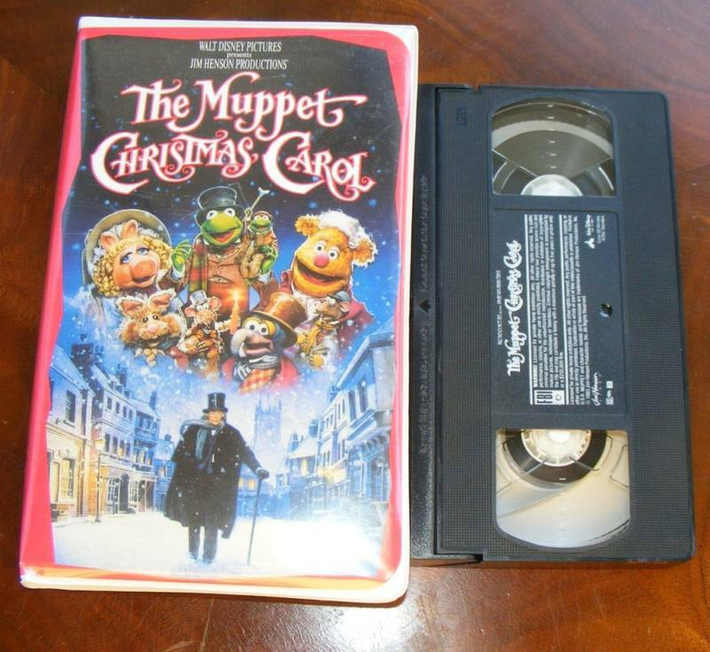 1000 Images About December Muppets Christmas On Pinterest: The Muppet Christmas Carol - Clamshell VHS