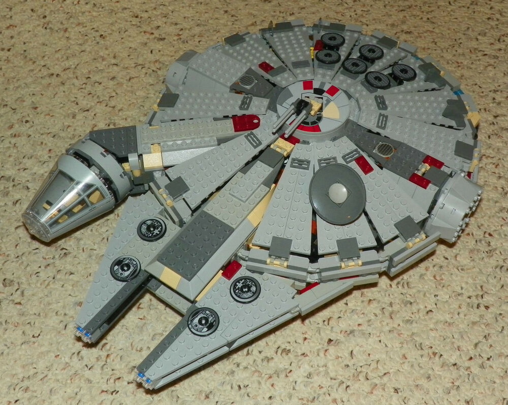 LEGO 4504 - STAR WARS - MILLENIUM FALCON - 2003 - Very Rare | eBay