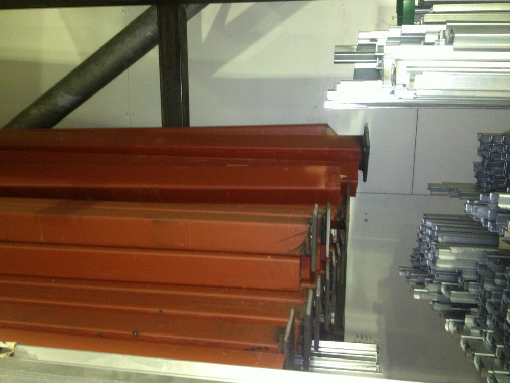 Structural steel posts with welded base m high