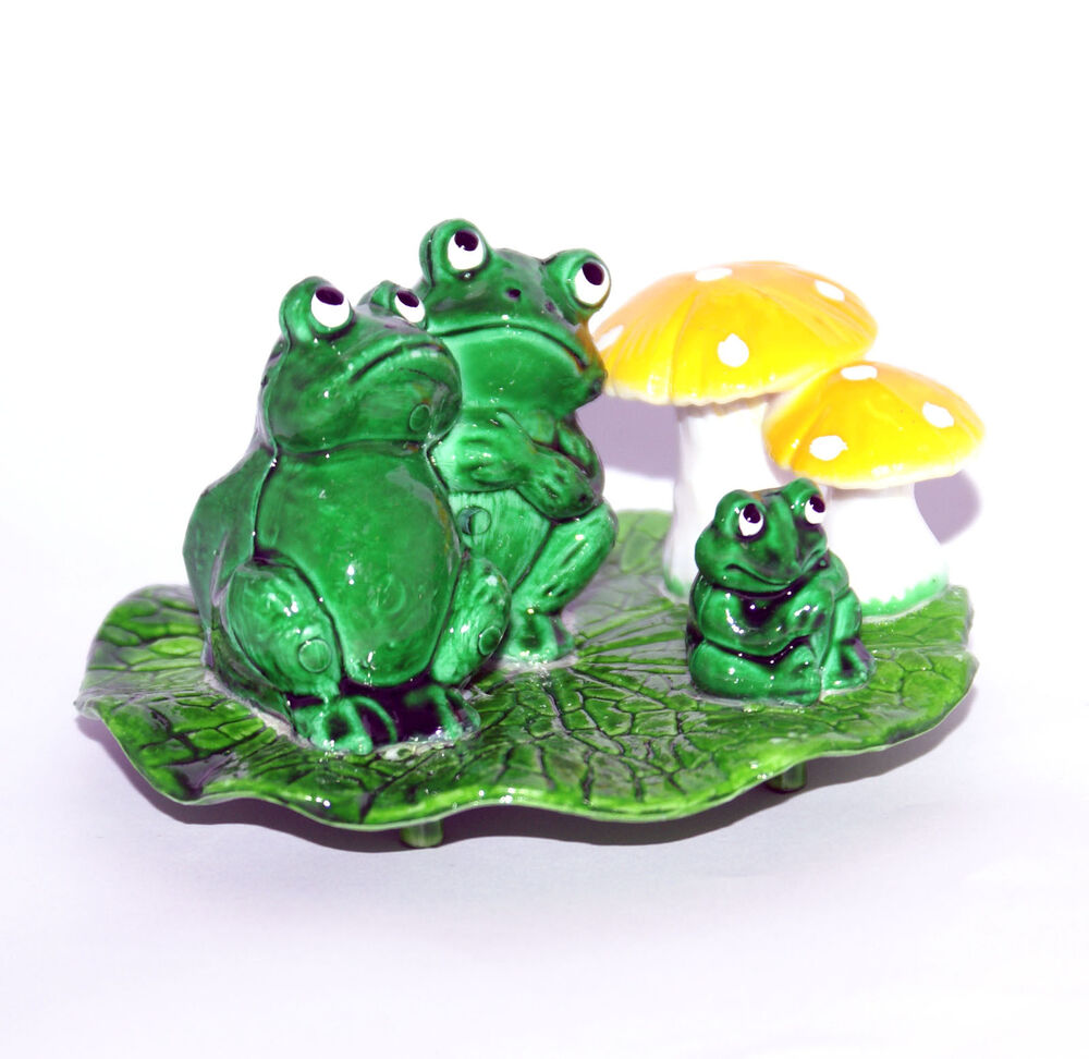 Ornamental comic toads frogs for fish bowls tanks etc ebay for Fish tank frogs