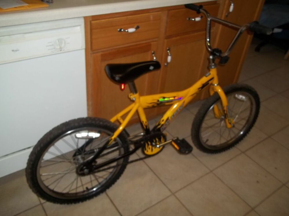 Huffy Scout 10 Speed