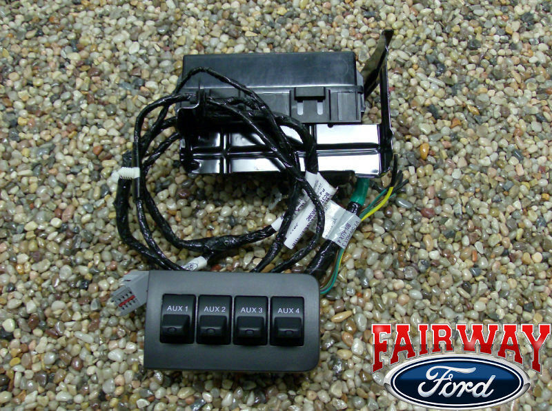 11 thru 16 super duty f250 f350 f450 f550 oem ford in dash upfitter rh ebay com 2008 f250 upfitter switch wiring diagram ford upfitter switches wiring diagram 2016