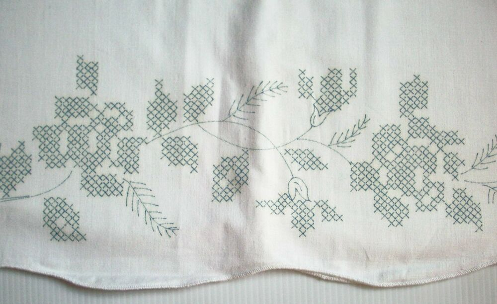 Vintage Stamped Embroidery Pillowcases - For Sale Classifieds
