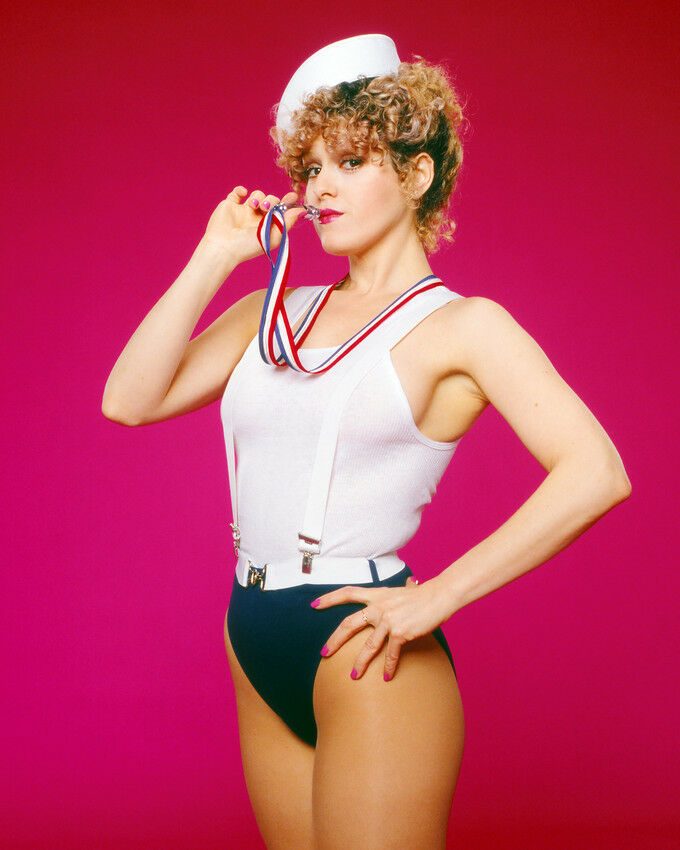 Bernadette Peters Pin Up In Sailor Cap Leotard 8x10 Photo
