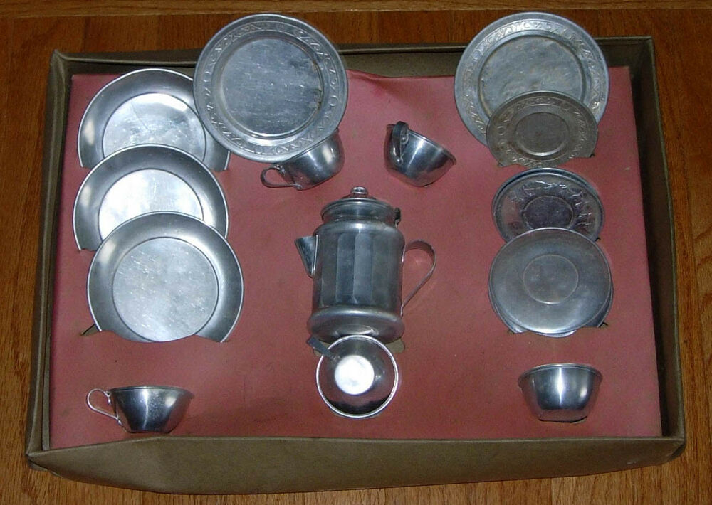 Vintage kitchen sets dishes and cookware mid century for Toko aluminium kitchen set