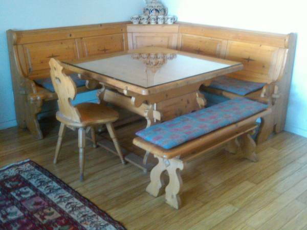 German Bavarian Table and Corner Bench Kitchen Breakfast