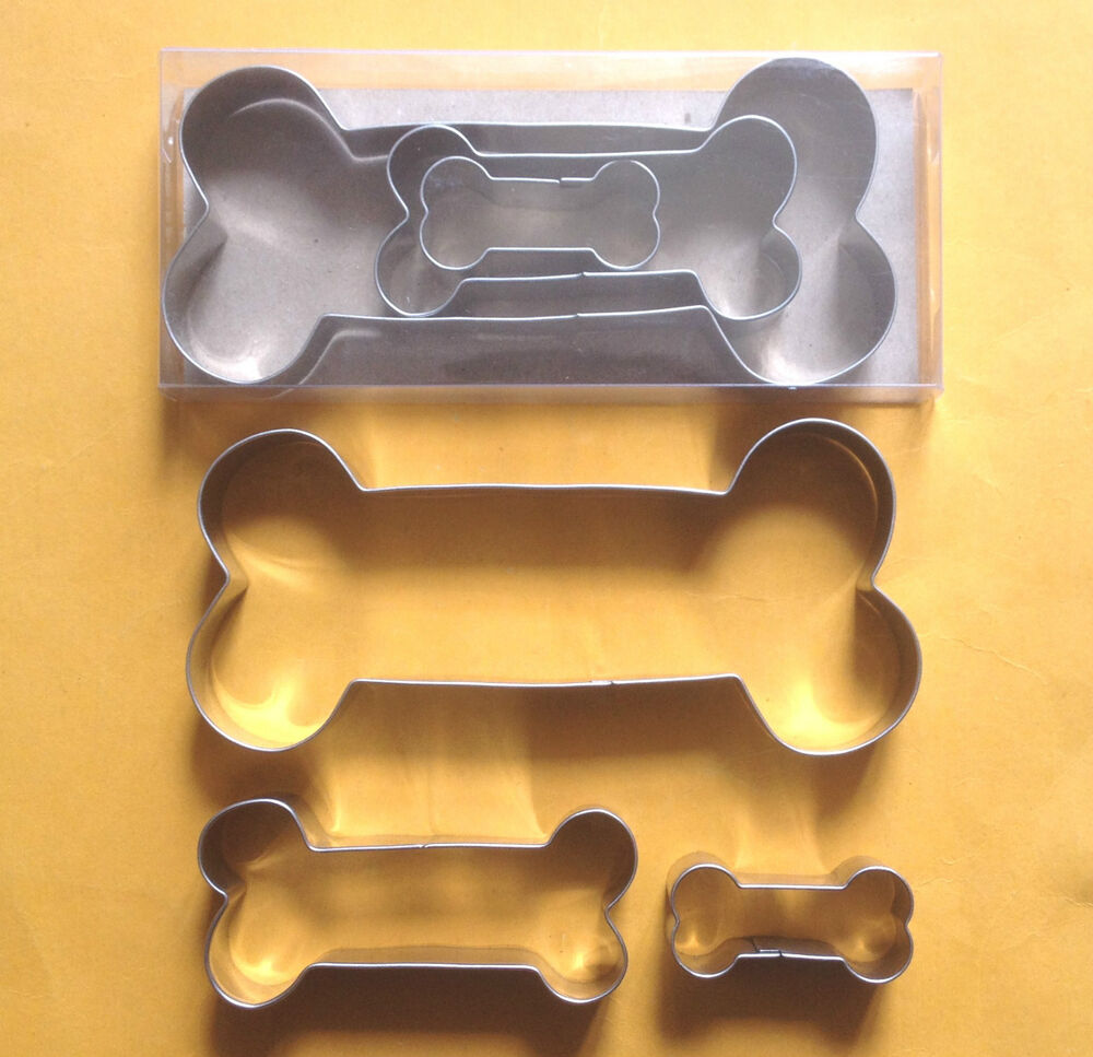 how to make a dog bone cookie cutter