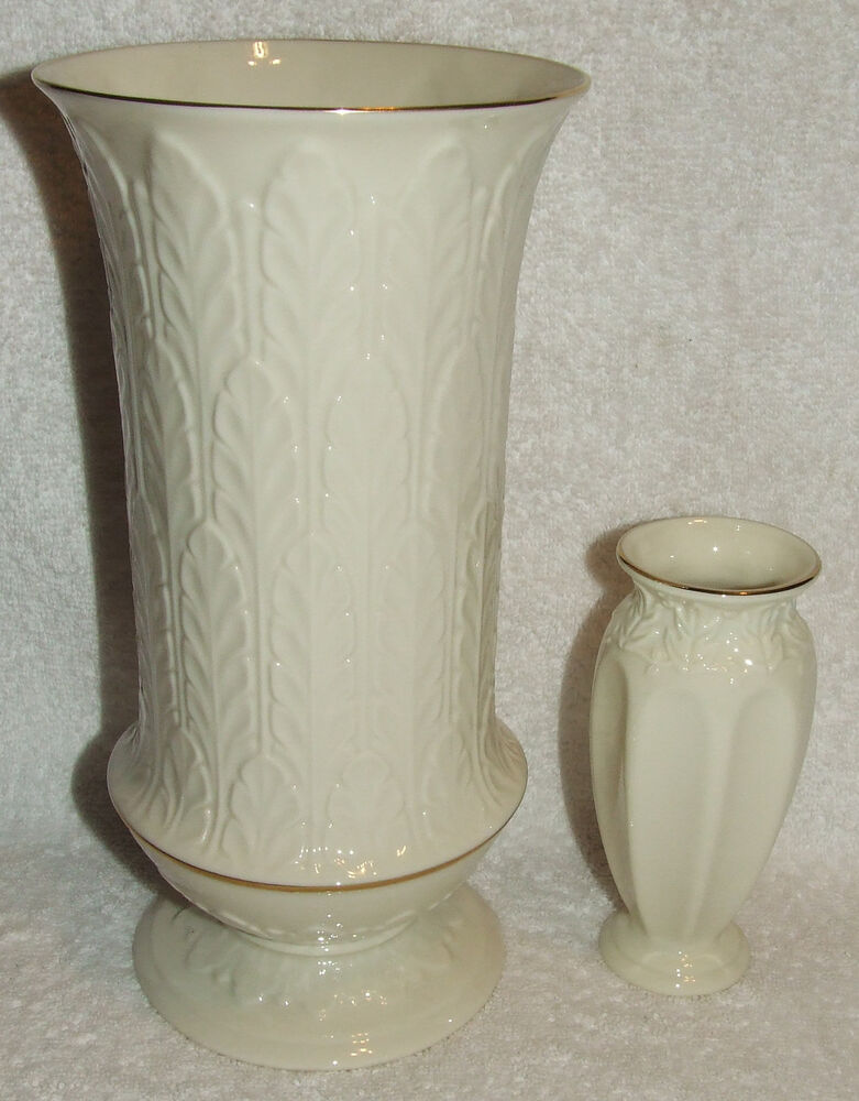 2 Lenox China Embossed Autumn Leaf Collection Vase 24k