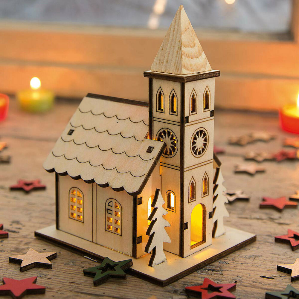 kirche mit led beleuchtung lichthaus weihnachtshaus holz deko f r weihnachten ebay. Black Bedroom Furniture Sets. Home Design Ideas