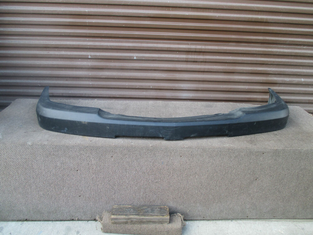 03 06 chevrolet silverado 2500 3500 hd oem front upper bumper cover ebay. Black Bedroom Furniture Sets. Home Design Ideas