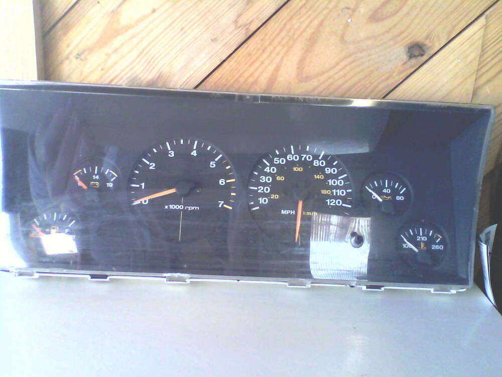 Jeep Grand Cherokee Speedometer  Head Only   Mph 96