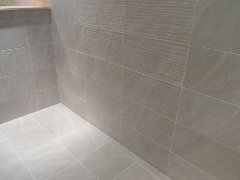 1m Of 25x50cm DITTO LIGHT GREY BATHROOM CERAMIC WALL