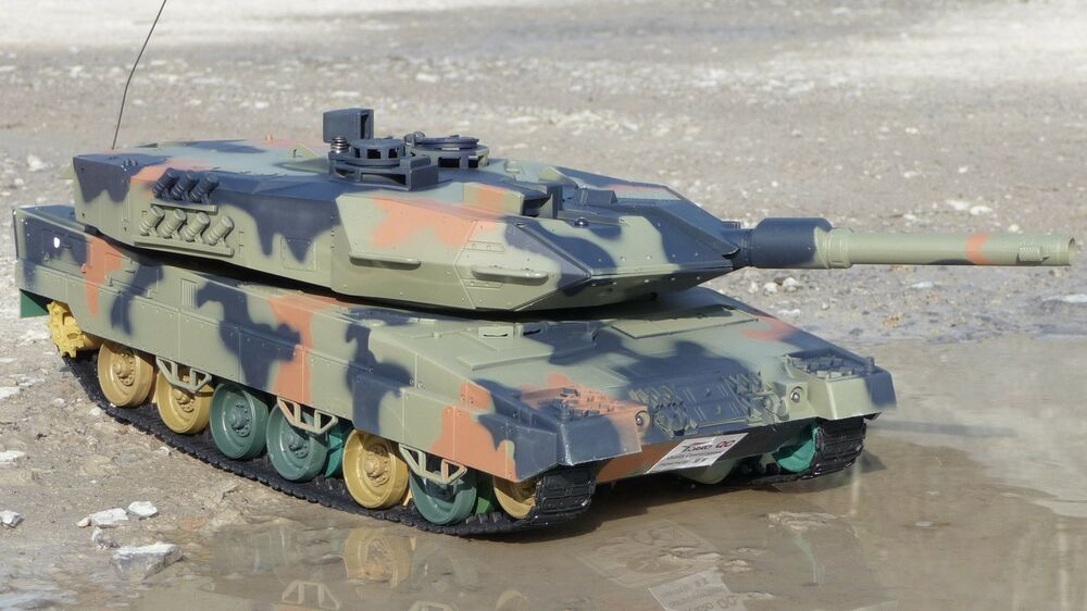 rc panzer leopard 2 a5 l nge 41cm mit schuss in top. Black Bedroom Furniture Sets. Home Design Ideas