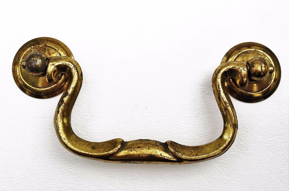 chippendale vintage antique hardware drawer pull brass swan neck 3 1 2 39 centers ebay. Black Bedroom Furniture Sets. Home Design Ideas