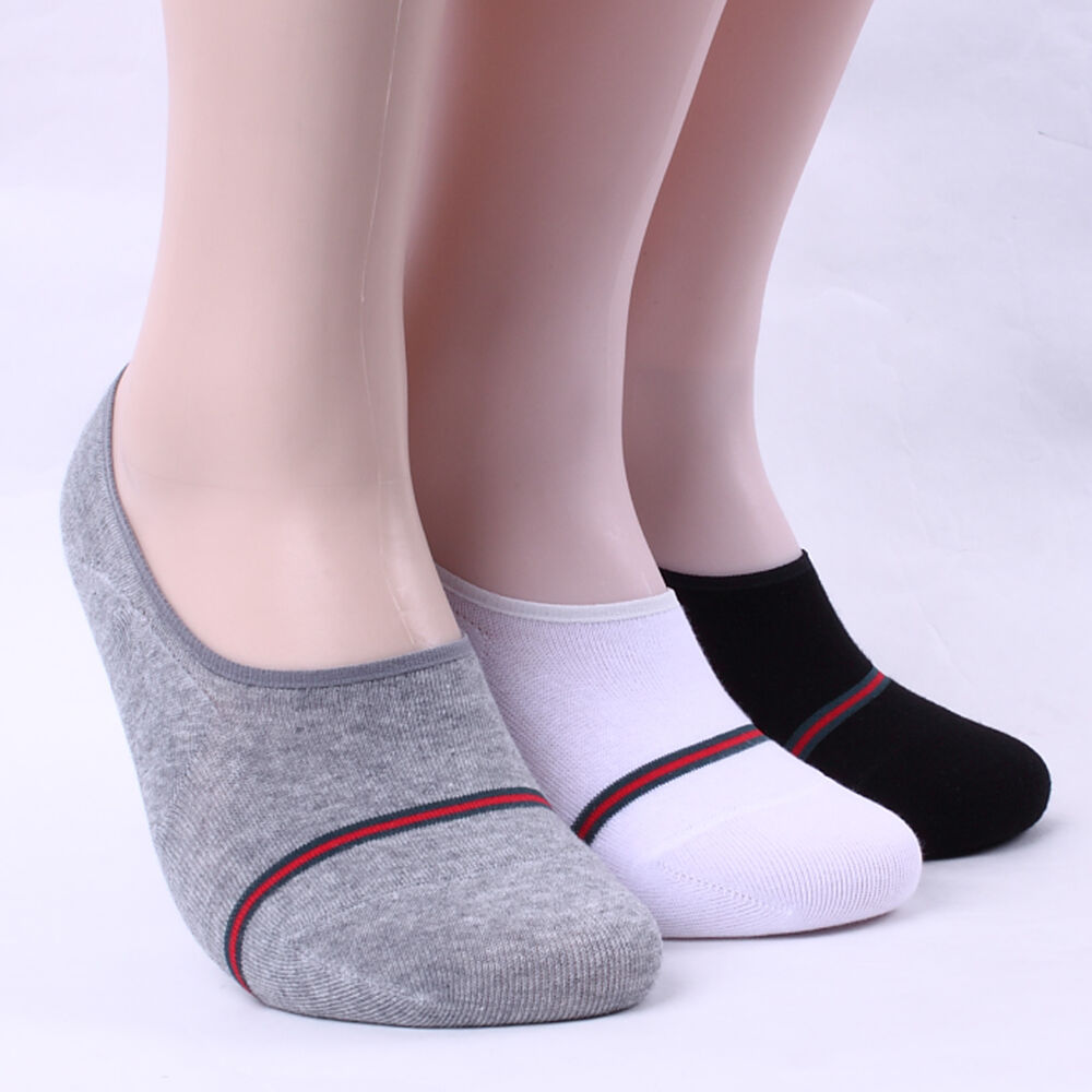 Socks have always been a good way to masturbate without the dealing with the mess of cleaning up your sticky man juice afterwards. The feel of friction against your throbbing cock as you stroke is such a pleasurable feeling.