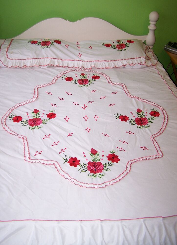 Vintage bedspread full embroidered red roses flowers with