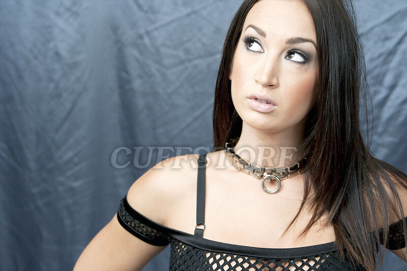 Bondage watch band collar
