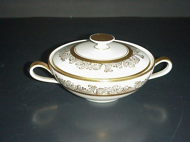 hutschenreuther sugar bowl bavaria germany pasco gold trim 9032 ebay. Black Bedroom Furniture Sets. Home Design Ideas
