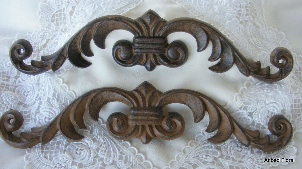 Set 2 Brown Cast Iron Picture Topper Fleur Scroll Wall