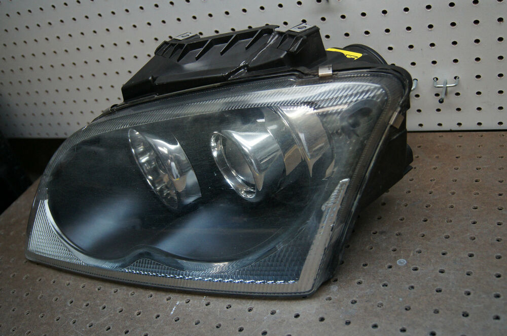 04 05 06 chrysler pacifica left driver xenon headlight oem. Black Bedroom Furniture Sets. Home Design Ideas