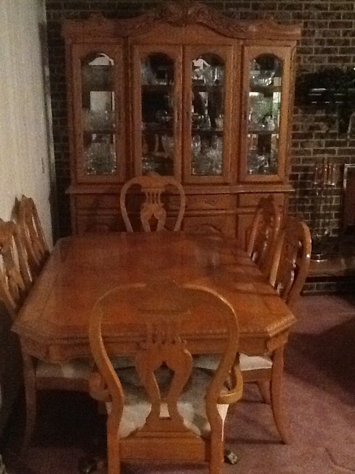 Formal dining room table with china cabinet ebay for Formal dining room sets for 10