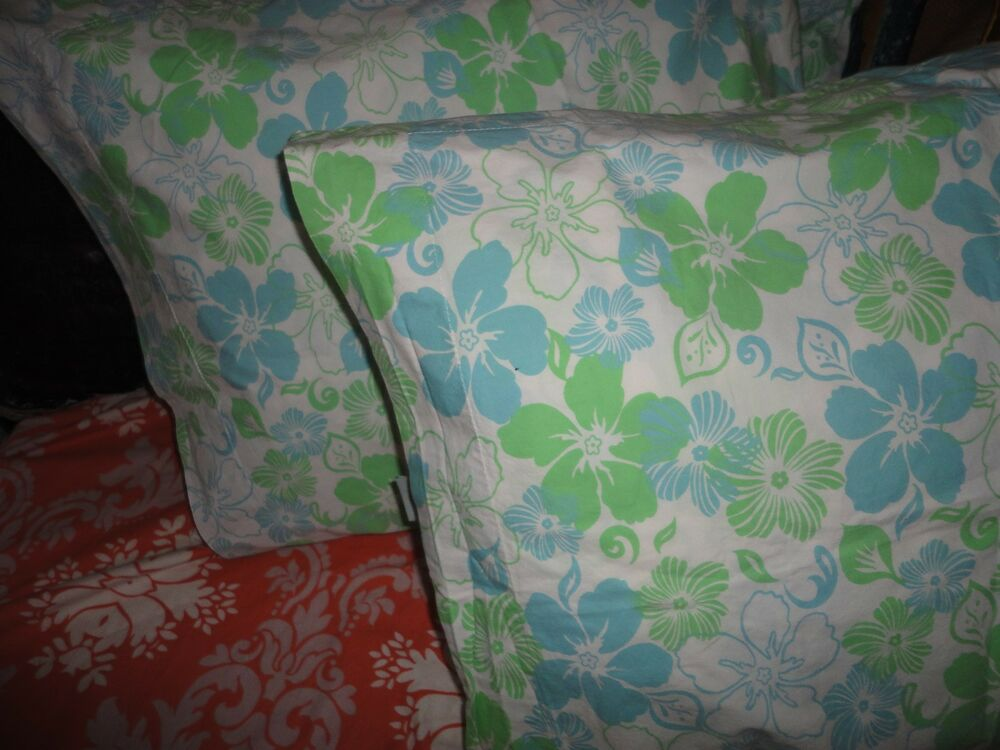 POTTERY BARN PB TEEN HIBISCUS BLUE GREEN FLORAL (PAIR