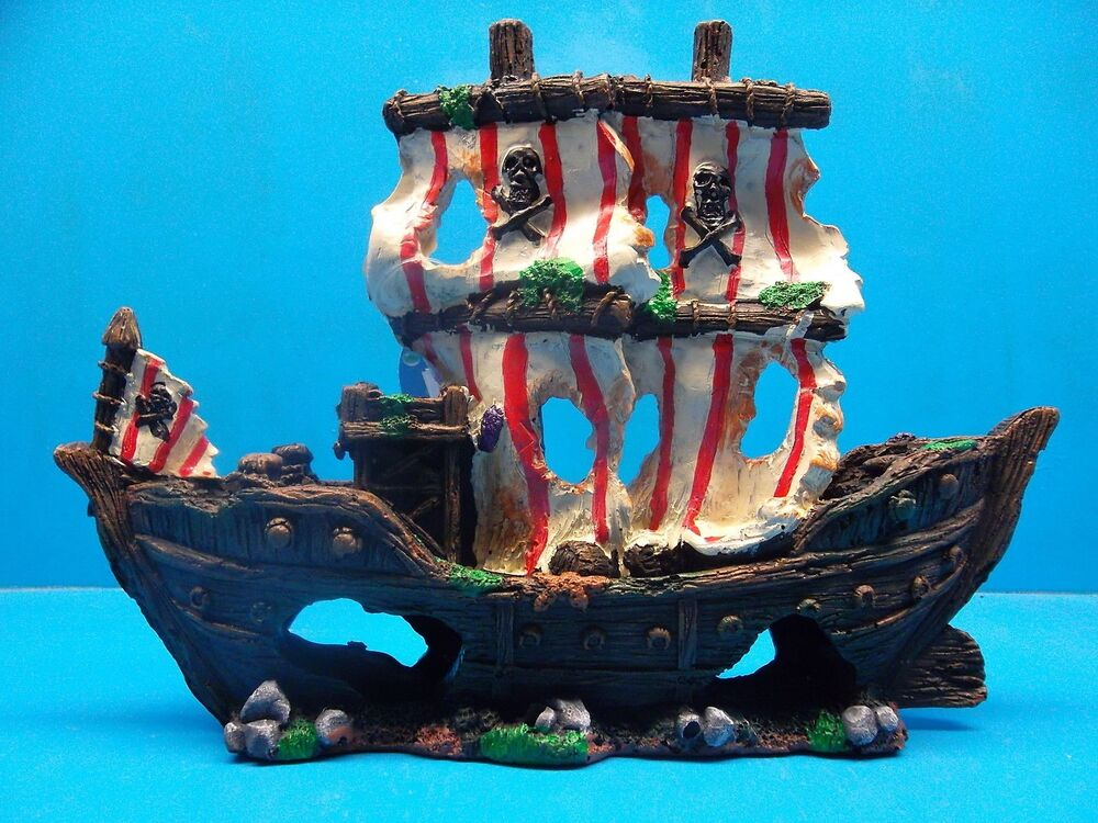 Ym832s sailing pirate ship wreck heavy aquarium decoration for Fish tank pirate ship