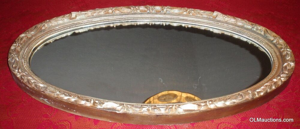 Vintage Antique Victorian Oval Gold Gilt Wood Floral Wall