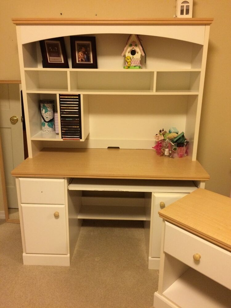 White dresser desk with hood nightstand matching set gently used ebay for Bedroom set with matching desk