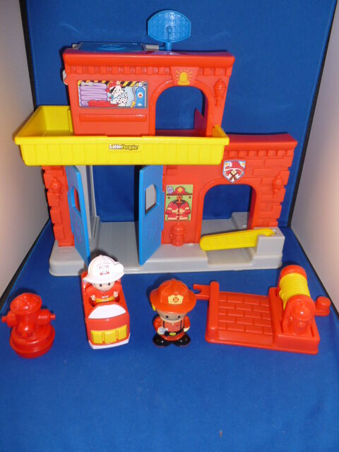 Fisher Price Little People Fire Station 2014   eBay
