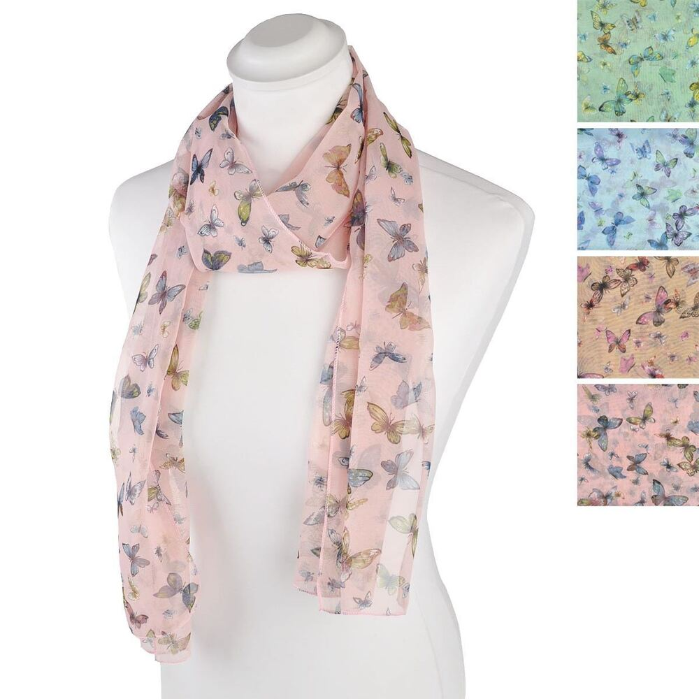 Elegant women scarves and delicate silk accessories now available on the official Hermès online store. Browse through our scarves, shawls, stoles and muflers.