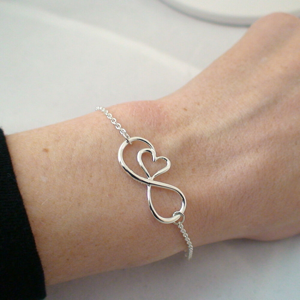 Bracelet With Hearts: 925 Sterling Silver