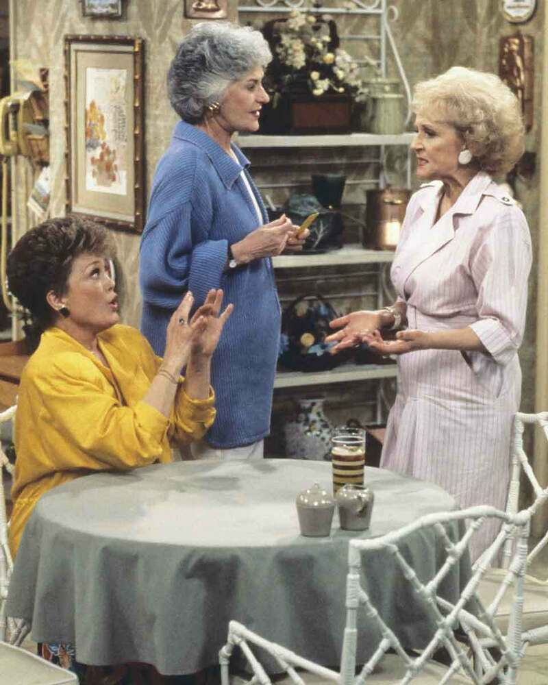Golden girls betty white bea arthur rue mcclanahan 8x10 for How old was betty white in golden girls