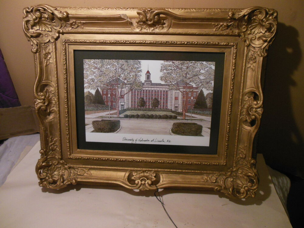 Antique Victorian Ornate Gold Gilt Picture Frame Huskers