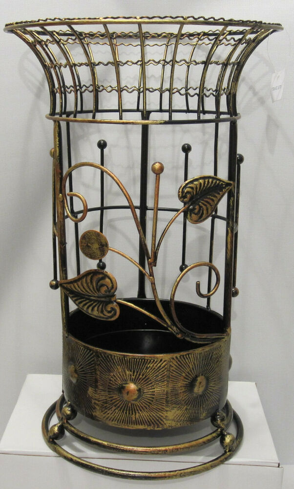 antique looking copper round brown metal wrought iron umbrella holder stand ebay. Black Bedroom Furniture Sets. Home Design Ideas