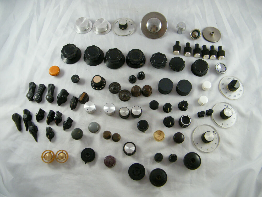Tractor Control Knobs : Lot of vintage radio electronic control knobs
