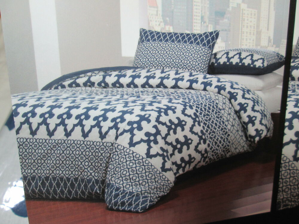 tahari home king duvet cover shams set navy blue and white moroccan new ebay. Black Bedroom Furniture Sets. Home Design Ideas