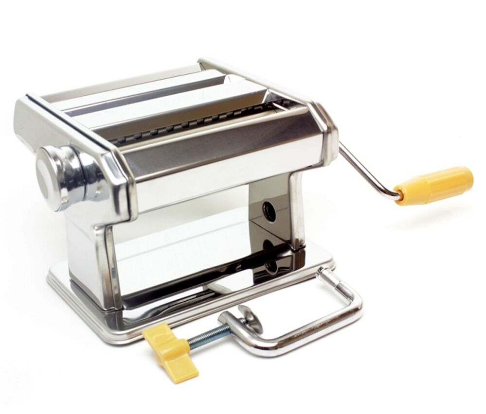 rolling pasta with a machine