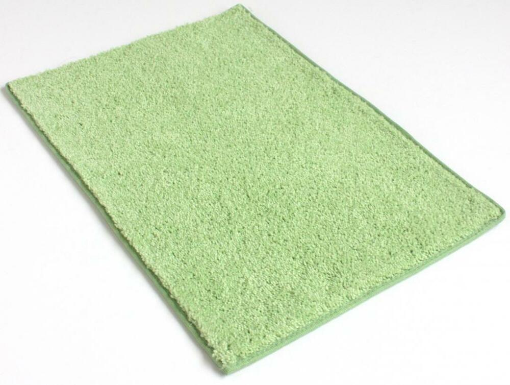 Froggy Green 25 5 Oz Plush Cut Pile Indoor Carpet Area Rug