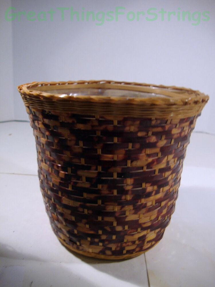Medium Hand Woven Wicker Wood Basket 6 5 X 6 X 4 Flower