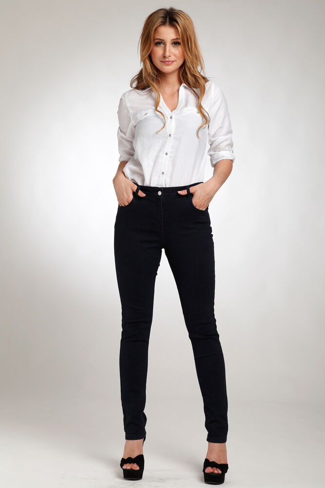Try our super skinny jeans in low or high rise. If you're looking for something more relaxed, grab your new go-to, the boyfriend jean. No matter the fit you'll also find a number of SoCal inspired styles, from our classic washed denim to all-out destroyed jeans.