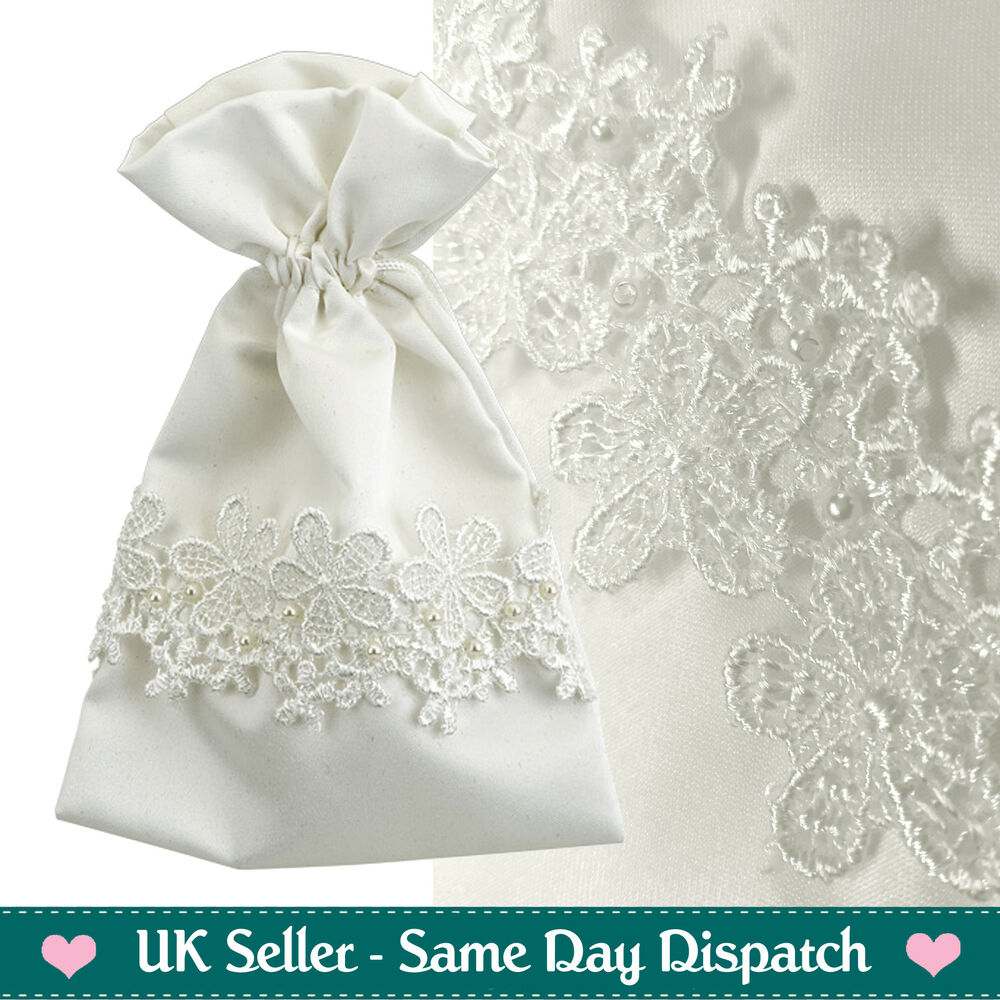 a717e26d9d5a LUXURY WEDDING FAVOURS GIFT BAGS - VINTAGE IVORY LACE   PEARL POUCHES - 10  PACK