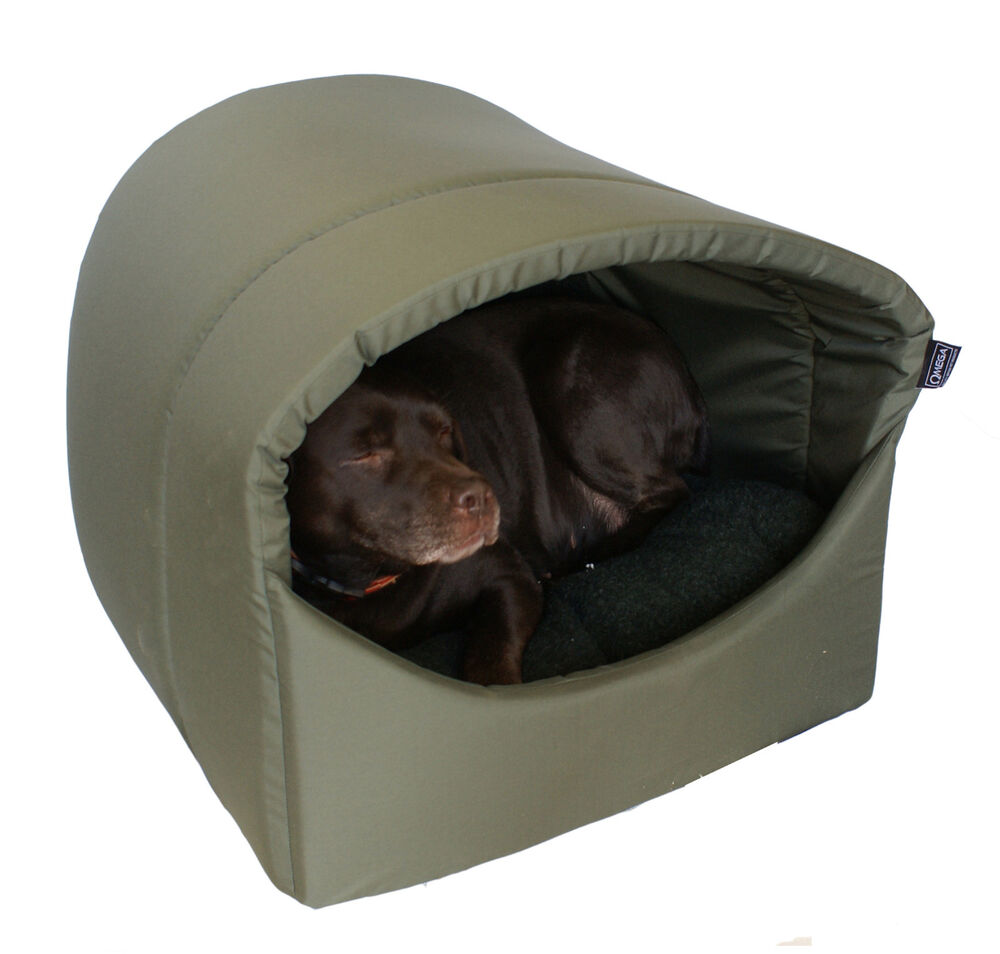 omega hooded cave covered dog bed extra large for. Black Bedroom Furniture Sets. Home Design Ideas