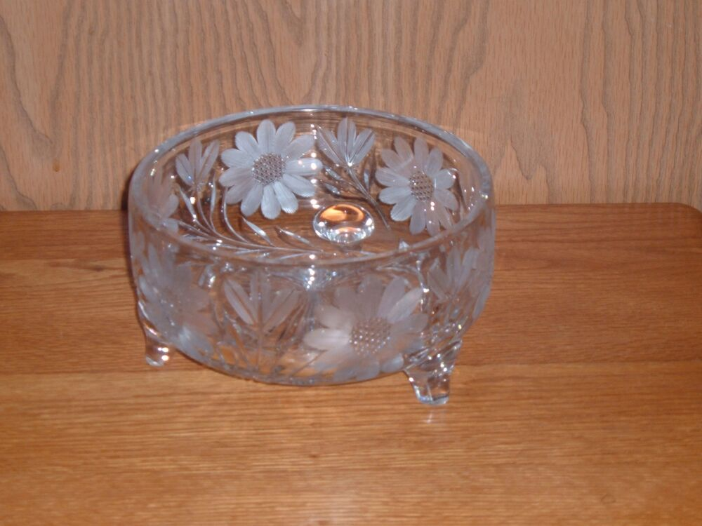 vintage clear glass bowl with flowers
