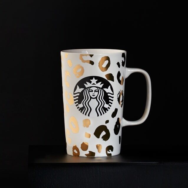 starbucks selling coffee in the land of tea The coffee we buy is truly special, spectacular coffee the coffee buying team evaluates over 1,000 offer samples each but only a few make it into our warehouses.