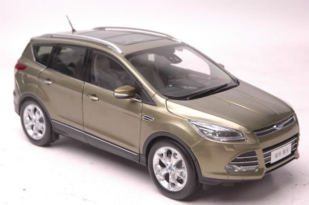 ford kuga 2015 suv model in scale 1 18 glod ebay. Black Bedroom Furniture Sets. Home Design Ideas