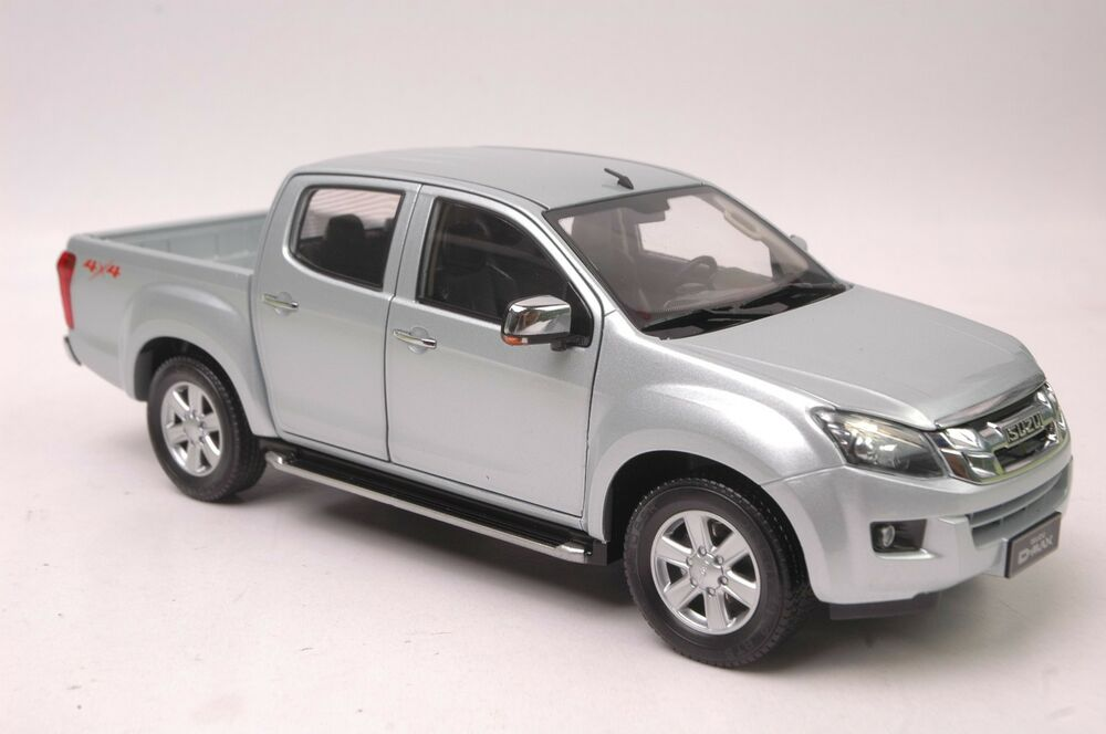 isuzu max pick up truck model in scale 1 18 ebay. Black Bedroom Furniture Sets. Home Design Ideas