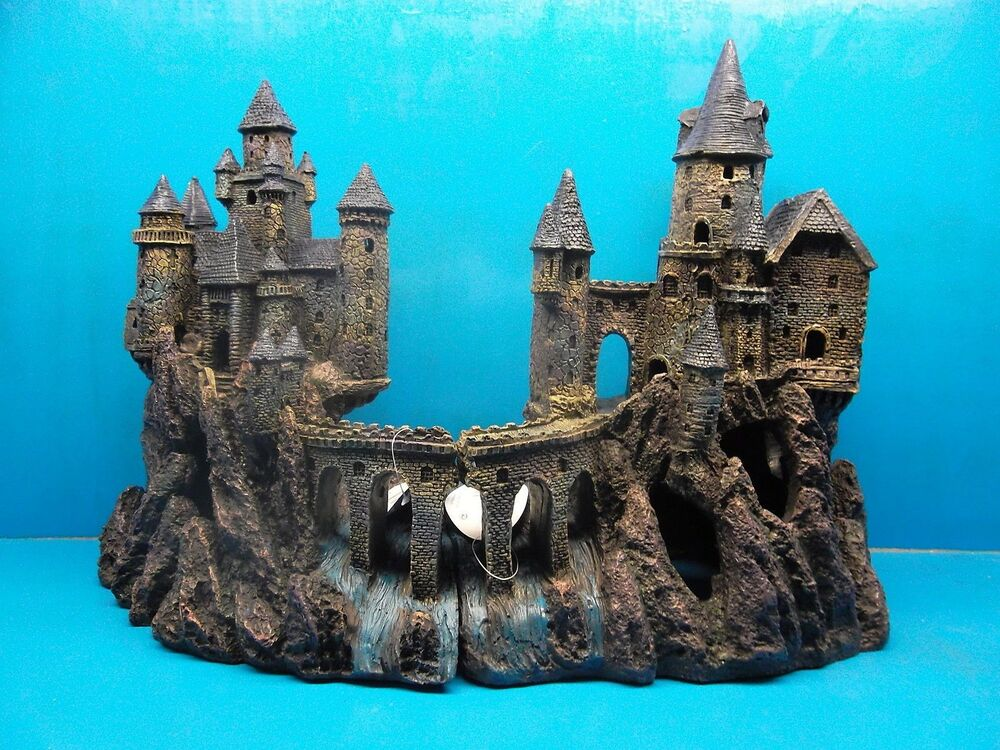 penn plax rrw9 or 10 age of magic super castle aquarium. Black Bedroom Furniture Sets. Home Design Ideas
